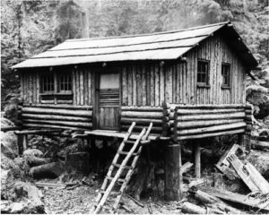 1880 - First Cabin on 1st Lake
